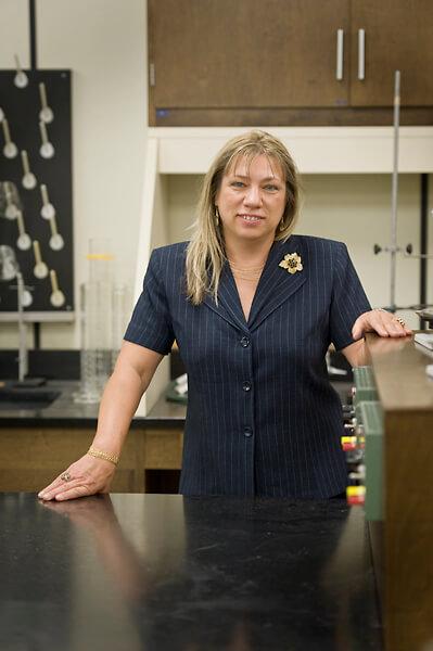 Dr. Linda Gray