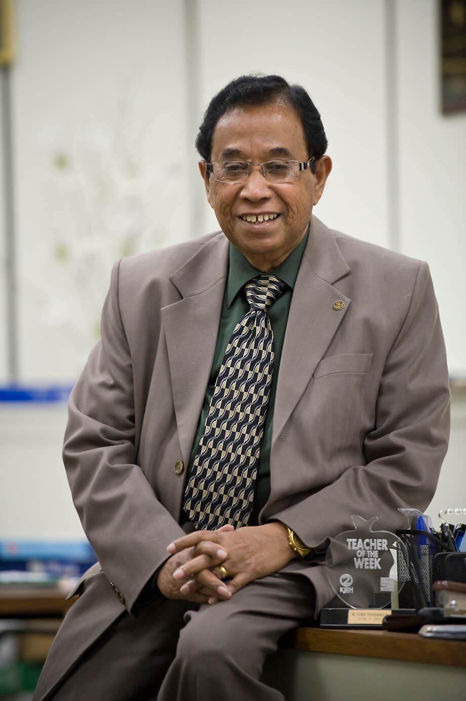 Dr. Samuel Thorpe