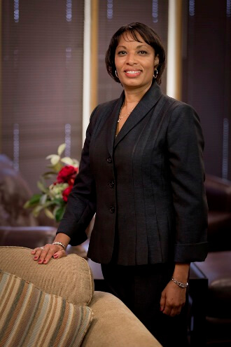 Dr. Sandra Richardson