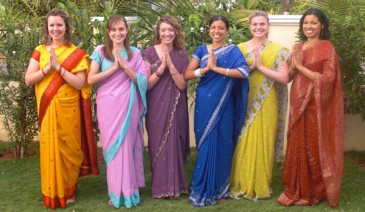 Female student missionaries to India